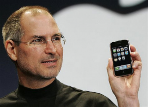 Steve-jobs-iphone-4-is-a-normal-handset-with-occasional-errors